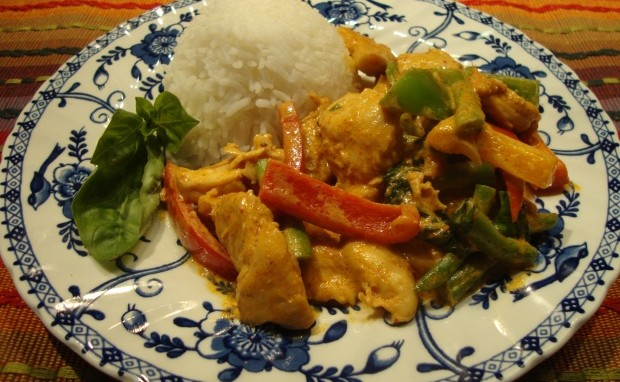 Easy-Peasy Thai Red Curry