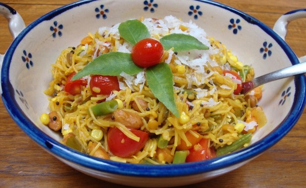 Vermicelli Salad with Curry Leaves