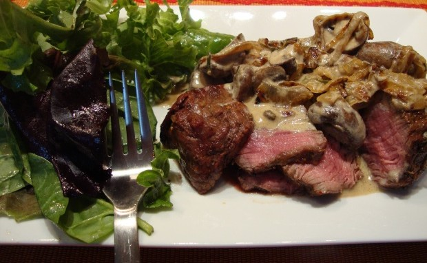 Tandoori Filet Mignon with Mushroom Bourbon Cream Sauce