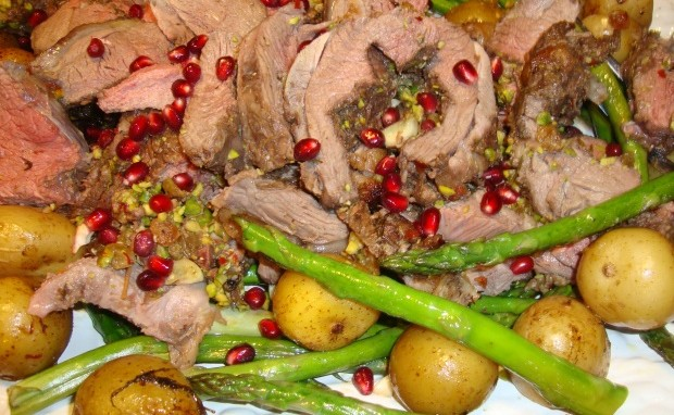 Boneless Leg of Lamb Stuffed with Pistachio and Raisins