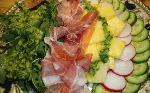 Prosciutto  and Fresh Pineapple Salad