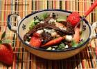 Skirt Steak and Strawberry Salad