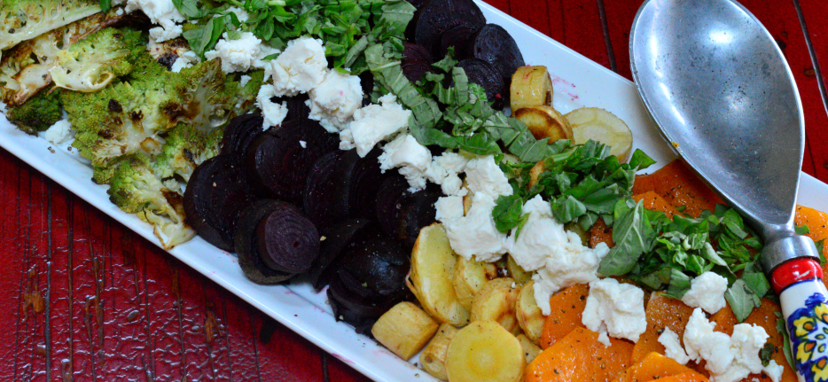 Roasted-fall-vegetables-with-goat-cheese-rotating-934x431.png